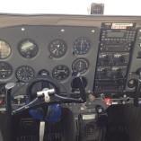 Kokpit samolotu Cessna 172